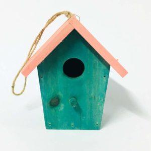 Σπιτάκι ξύλινο χρωματιστό για πουλάκια